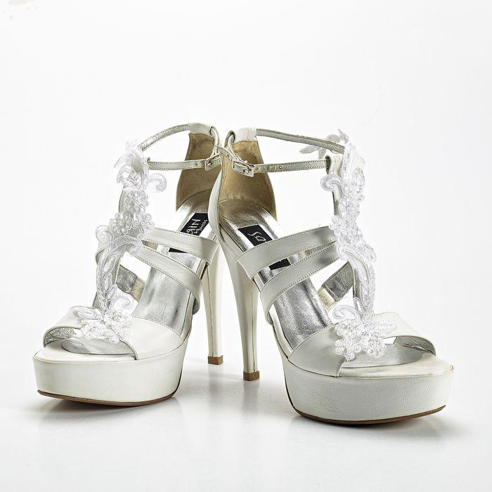 ea064e68087 Design by Nikos: Moναδικά χειροποίητα νυφικά παπούτσια