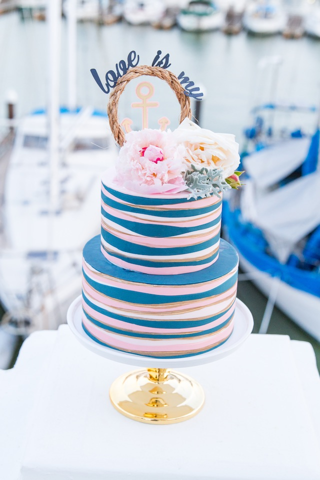 choose_your_colors_blue_nautical-wedding-ideas-3.jpg